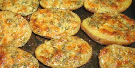 Ароматная чесночная картошка – вкусное блюдо на каждый день