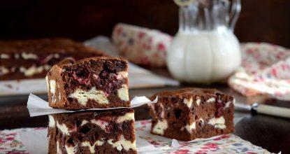 Брауни с творогом и вишней – Очень простой и необычный рецепт!
