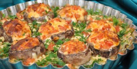 Картофель с шампиньонами в духовке