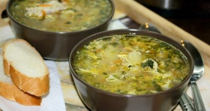 Kуриный суп с яйцом