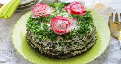 Печёночный торт с творожным кремом