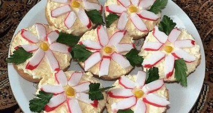 """Чудесные бутерброды """"Крабовые цветы"""""""