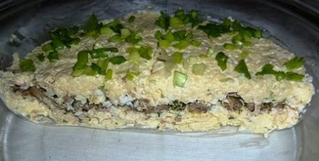 Сырно-шпротный салат