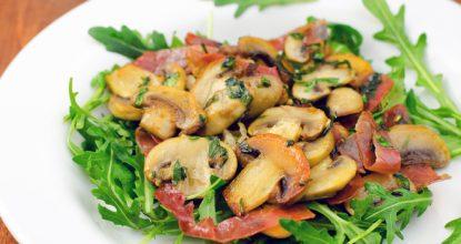 Вкуснейший салат с грибами
