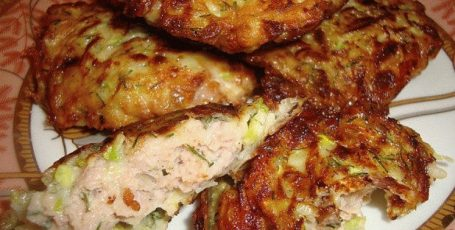 Вкусное блюдо из курицы и кабачков