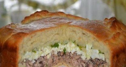 Пирог с рыбой, яйцом и зеленым луком – сытный, сочный и очень вкусный!