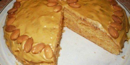 Пирог со сгущенкой к чаю