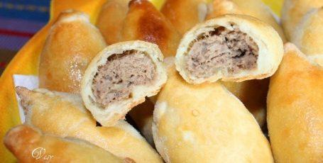 Мини-пирожки с мясом