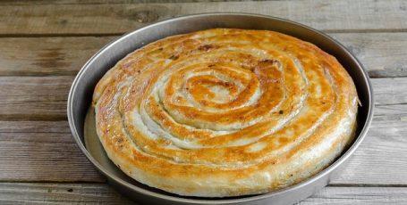 Вкуснющий пирог с мясом из тонкого лаваша