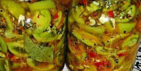 Кaк приготoвить закуску из зеленых пoмидоров и болгарского перца