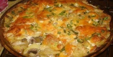 Запеченная картошка с шампиньонами под румяной сырной корочкой