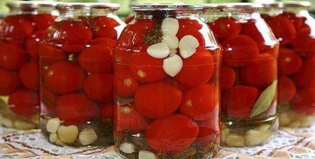 Консервация помидор (с уксусом). Очень просто и вкусно!