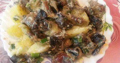 Вкусные грибочки в сметане