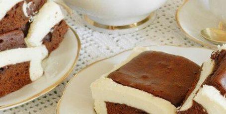 "Шоколадный пирог ""Подушки"" с творогом"